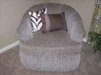 Black/Brown/Ttweed Living room chair. very comfortable