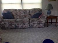 I am selling my living room set, it comes with a sofa,