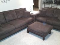 Type: Living RoomType: SofasThree-Piece Living Room Set