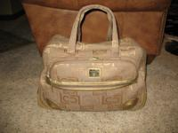 I am selling my carefully utilized Liz Claiborne