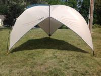 L.L. Bean Woodlands Shelter (Model K735) - Portable
