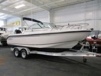 LOADED 2008 BOSTON WHALER 210 VENTURA! A 225 hp Mercury