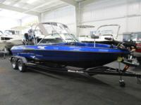 LOADED 2014 TRITON 220 ESCAPE WITH ONLY 12 ENGINE HOURS
