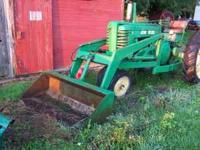 Heavy duty loader for tractor. 6 foot bucket.