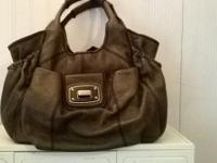 LockHeart Handbag All in Leather Color:Gun metal gray