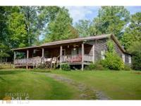 Country Charmer. Live In The Famous Long Creek Apple