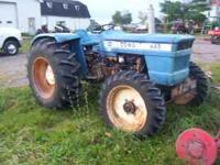 LONG 445 45 HP 4X4 2500 HRS TRACTOR VERY GOOD CONDTION
