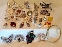 Lot of 36 pieces of silver vintage jewelry. Most are