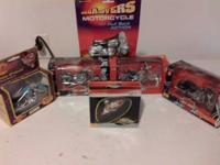 IM SELLING A LOT OF DIECAST MOTORCYCLES & A PICTURE.