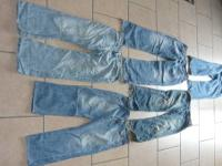 YOUR VIEWING 5 PAIR OF NAME BRAND JEANS WHICH INCLUDES