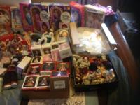 Lot of Vintage Collector Dolls for sale. Want to sell