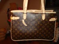 **REDUCED**I have a very nice Louis Vuitton purse i'm