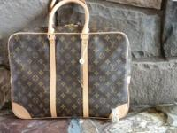 Brand new never utilized Louis Vuitton bag. This is a