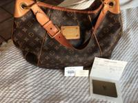 Lovely GM Louis Vuitton bag. This is 100 % authentic