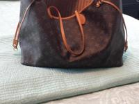 Excellent Louis Vuitton Never Full Large only carried a