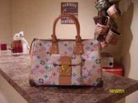 I have a Louis Vuttion handbag authentic!! I have only