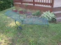 Green Metal Lounge chair with adjustable back. In very