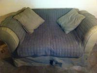 Selling my love seat as I got new furniture, it has a