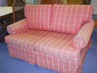 Love Seat Sleeper   $50 (60/40 Furniture Consignment, Pensacola)