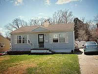 5721 Spaulding Street Omaha NE 68104 Lovely