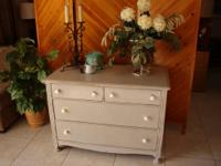 Lovely Cottage Style Antique Gray 4 Drawer Dresser -