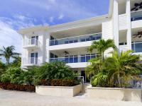 Lovely villa in Mariners Club offers three bedrooms,