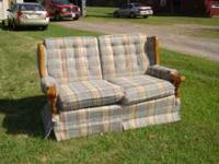 Retro blue plaid broyhill loveseat. Good condition.