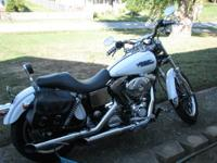 2005 Harley Davidson Dyna Lowrider, Pearl White, 3804