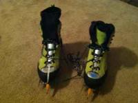For sale, in like new condition, Lowa Fruit Boots,
