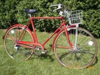 VERY VERY CLEAN BICYCLE - HAS ORIGINAL REFLECTORS - GET