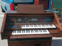 Lowrey Organ with bench....works good....see