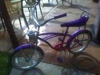 lowrider bike in EXCELLENT condition..not rode often