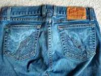 Lucky jeans size 25 excellent condition. $15 call or
