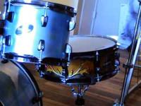 Custom color 5 piece Ludwig shell pack never played Hi