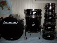 Complete setup. All hardware, cymbals, drum throne,