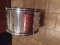 Percussions enthusiasts: 30 inch Ludwig bass drum in
