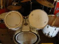 For sale is a set of Ludwig drum sets. They are used