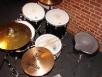 """70s Vintage"" 5pc Ludwig Drum set. This set is in very"