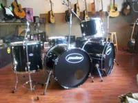 Big Pulse Ludwig drums, double bass, jet black,