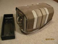 French Luggage Train Case (Cosmetic Case). Brown and