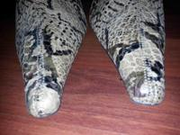 I am selling Luichiny Snakeskin Pattern Knee High