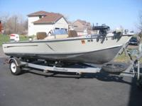 1977 Lund 18 foot Pike Deluxe 70 Hp Johnson outboard