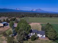 Spectacular Cascade Mountain Views! Exquisite private