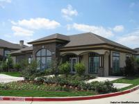 Estate Villas at Krum Love living the luxury city life