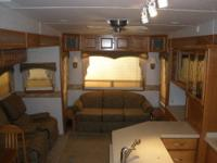 FOR SALE: This is a Luxury 5th Wheel that is in great
