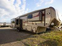 The 2015 Gateway 3900SE is a 5th wheel that has four