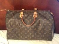 100 % Authentic Louis Vuitton Speedy 40! This is the