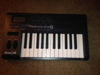 I have an Axiom 25 keyboard made by M-Audio for sale in