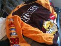 Gently worn M&M's Race Car jacket. 3XL in size ! No