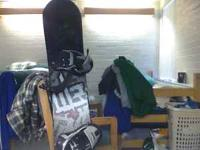 selling snowboard, great condition, smooth on the